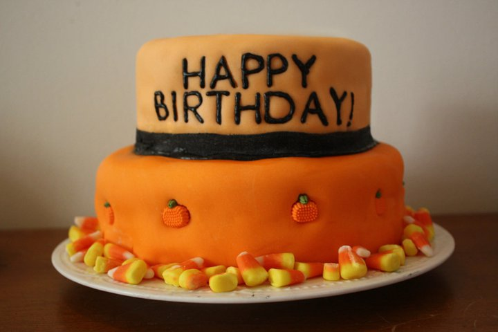 happy-halloween-birthday-cake-1